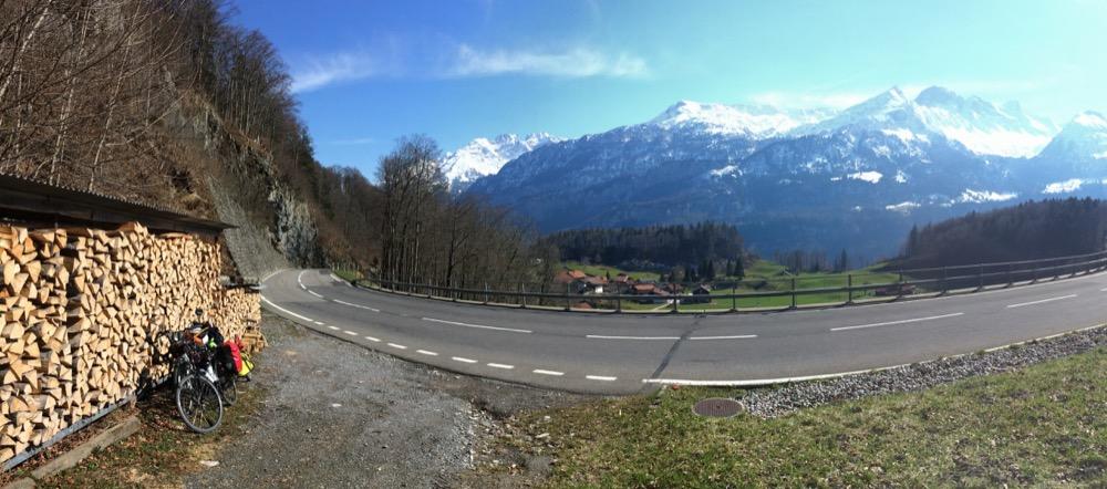 Petite pause presque en haut du Brünig